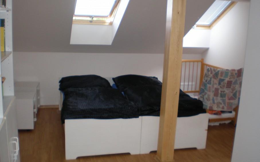 Podkroví-nový stav-ložnice
