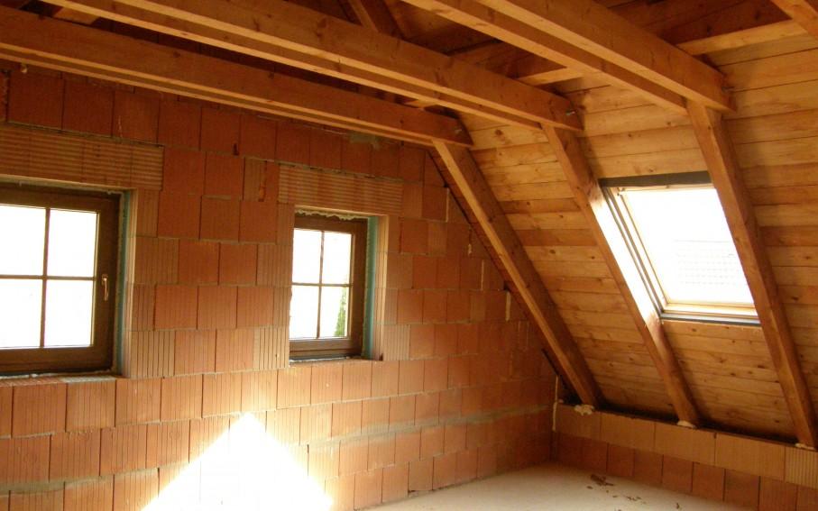 Interiér podkroví - prostor ložnice