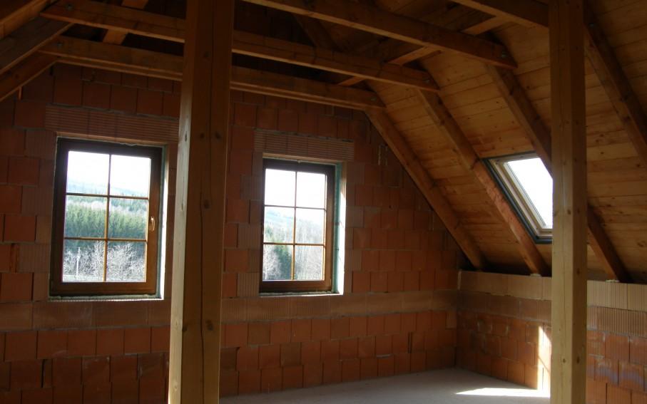 Interiér podkroví - prostor obývacího pokoje