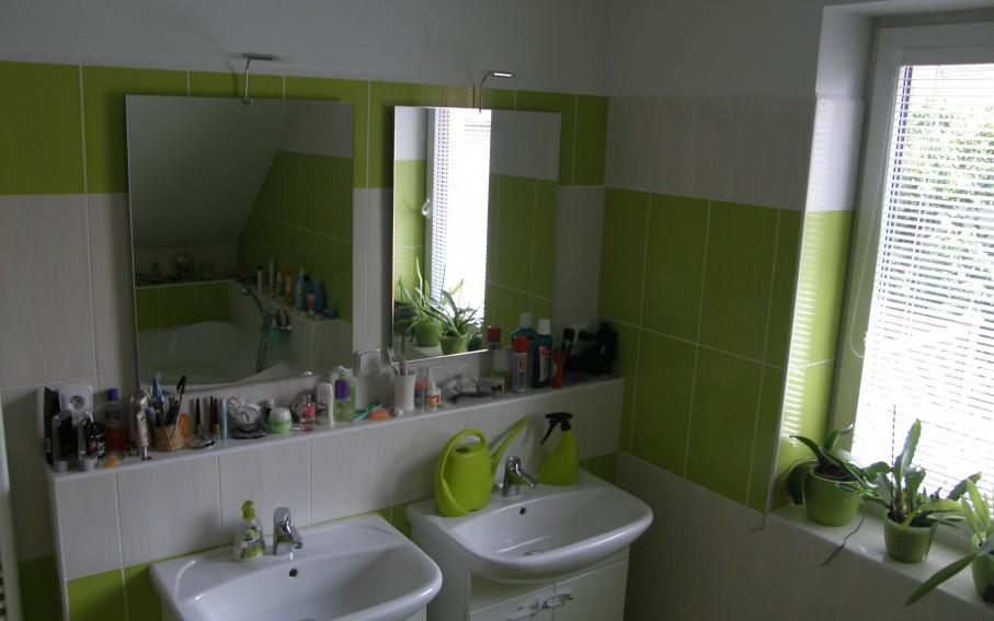 Interiér - prostor koupelny v druhém podlaží
